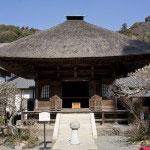 開基・北条時宗を祀る、開基廟。江戸時代の1811年に改築された建物です。