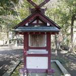 祖霊社(それいしゃ)。日清、日露、第二次大戦における坂之下町の英霊を祀ります。