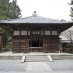 本尊が安置された仏殿。