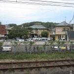 ホテルニューカマクラはJR鎌倉駅のホームからみえます。