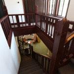 階段からの景色がアート。