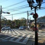 市役所前交差点。ここを右に曲がります。