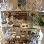 イギリスの古いものやガラス製品(¥1,800~)