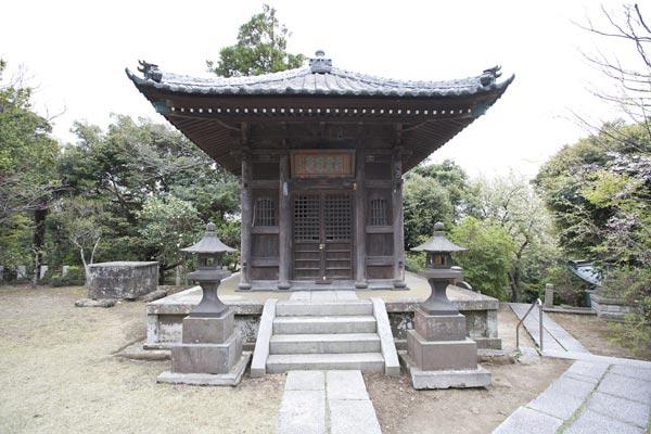 法性寺、日朗廟所。
