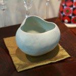 京都在住、藤平寧(やすし)さんの作品、47,250円。藤平さんの作品は釉(うわぐすり)の流れが何ともいえない味を出しています。