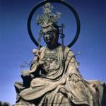 東慶寺の水月観音菩薩半跏像(東慶寺公式HPより)。