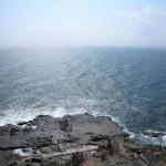 江ノ島、稚児ケ淵と太平洋の眺望。魚見亭のテラスから。