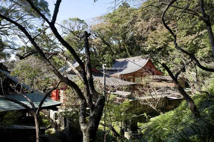 荏柄天神社、本殿。