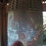 神武寺の梵鐘。もともと1623年(元和9年)に造られ、第二次世界大戦の際に供出され、現在のものは昭和25年に造られました。