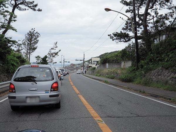 国道134号線、稲村ケ崎。