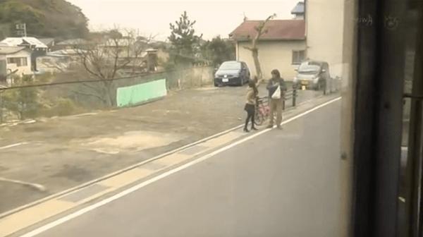 〈9〉江ノ電「極楽寺駅」〜「稲村ケ崎駅」間の道
