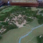 龍寳寺境内、たまなわ民族資料館の玉縄城模型。