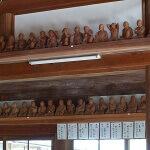 龍寳寺本堂の五百羅漢像。
