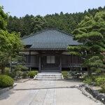 大長寺境内と本堂。