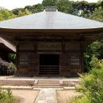 常楽寺仏殿。1691年(元禄4年)に建てられたもので、神奈川県の指定重要文化財となっています。