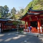 箱根神社境内にある九頭龍神社。