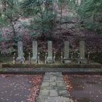 箱根、早雲寺、北条五代の墓。