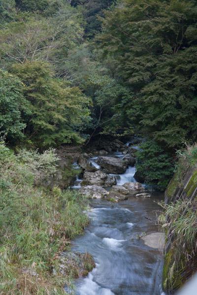 斗賀野トンネルを抜けると、きれいな川がありました。さすが四万十川の源流に近いだけあります。