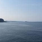 金谷港近くからみる竜島。