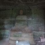 地蔵やぐらのお地蔵様。岩肌に彫られた仏様は鎌倉に何か所かありますが、とても魅力的です。