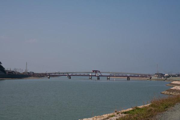 長浜大橋がみえてきました。