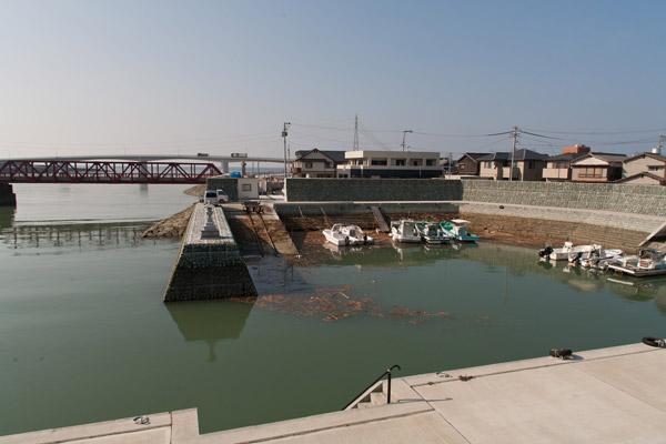 龍馬が舟を降りた長浜港近く、肱川河口の江湖という船溜まり。