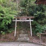 本立寺。山に登る道がありました。行きそびれたので次回はぜひいきたいと思います。